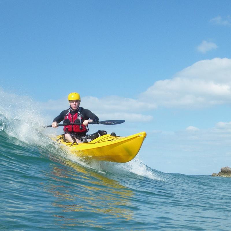 Kayak Surfing Kai Waka